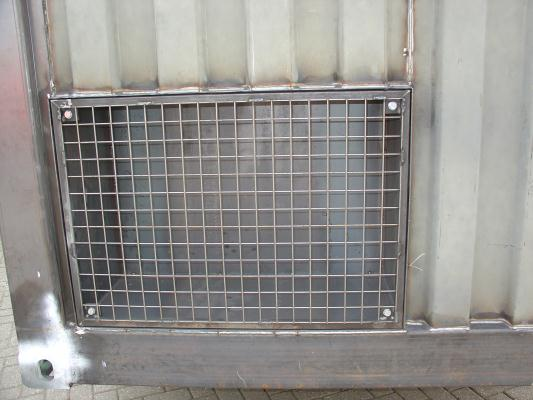 Hazo Techniek BV - Container met rooster